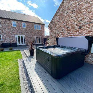 Hot Tubs £5,000 - £6,999